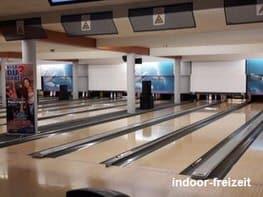 Bowling-spielen-Cosmo-Sports-Düsseldorf.jpg